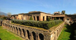 Villa dei Misteri, a Pompei: un posto difficile da raggiungere se si prende la Cumana