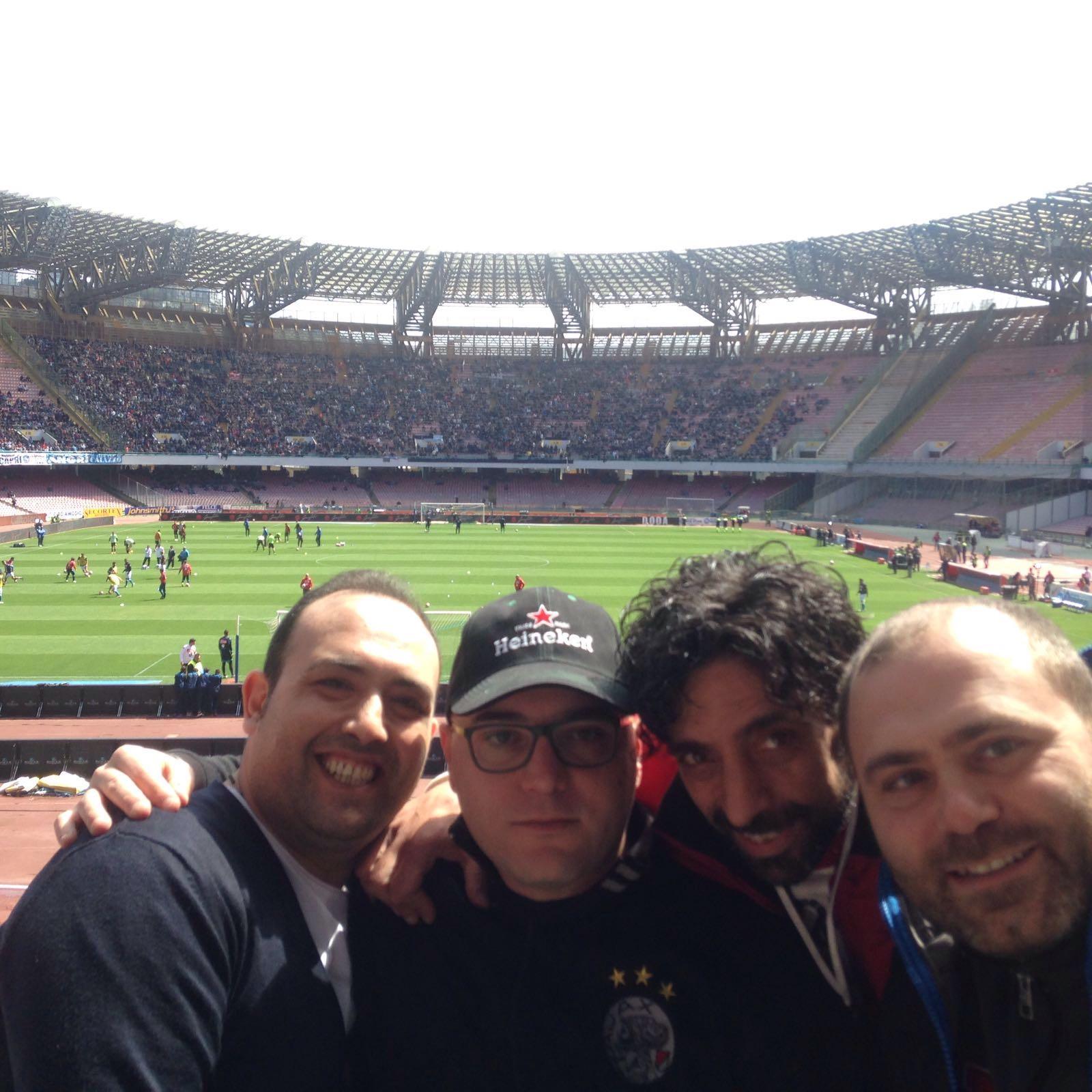Da Striano al San Paolo per tifare Napoli: tifosi in posa