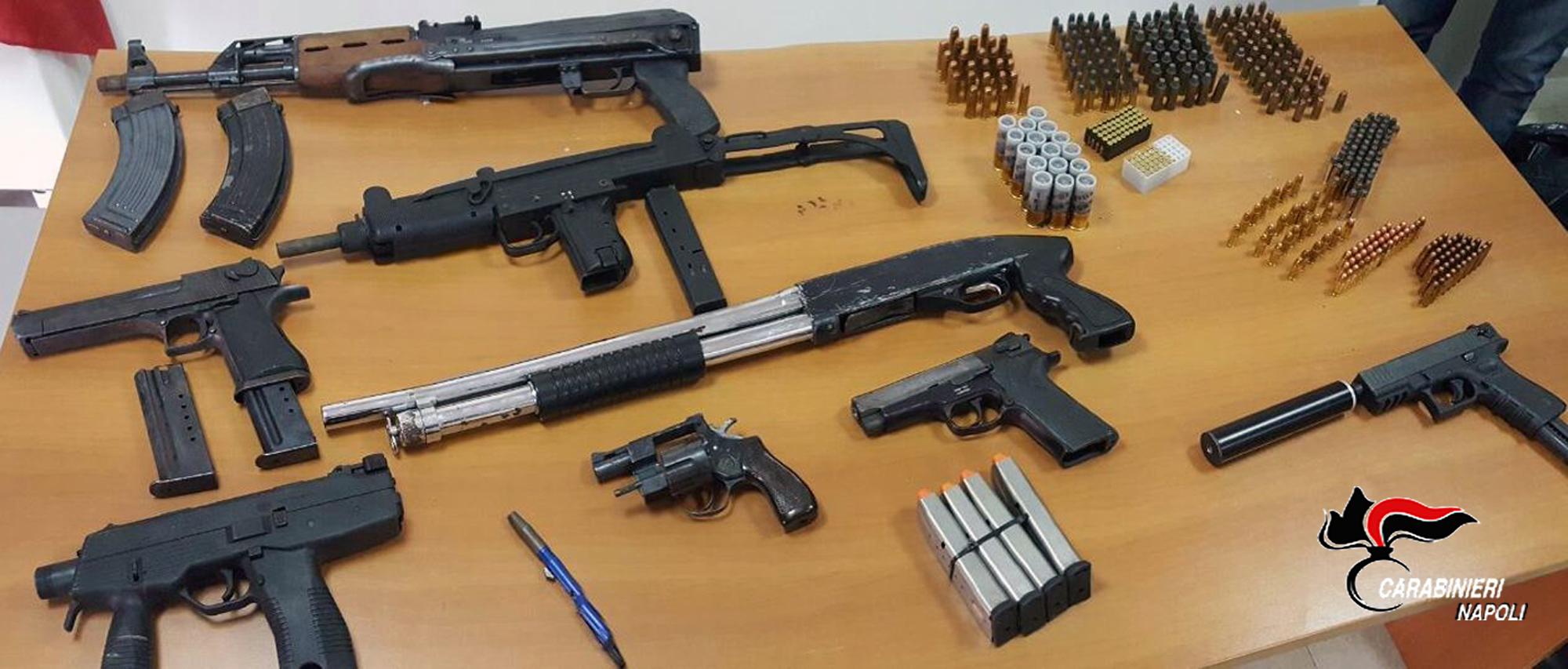 Caivano altro arsenale sottratto ai clan carabinieri - Porta d armi uso sportivo ...