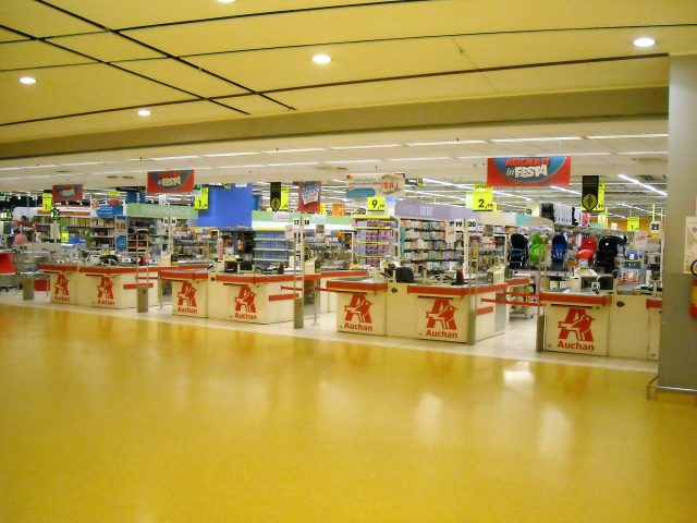 Auchan Nola