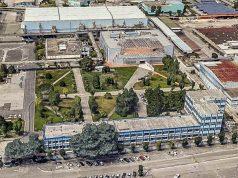 Lo stabilimento Leonardo di Pomigliano