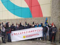 protesta all'ex Auchan ora Conad di Mugnano